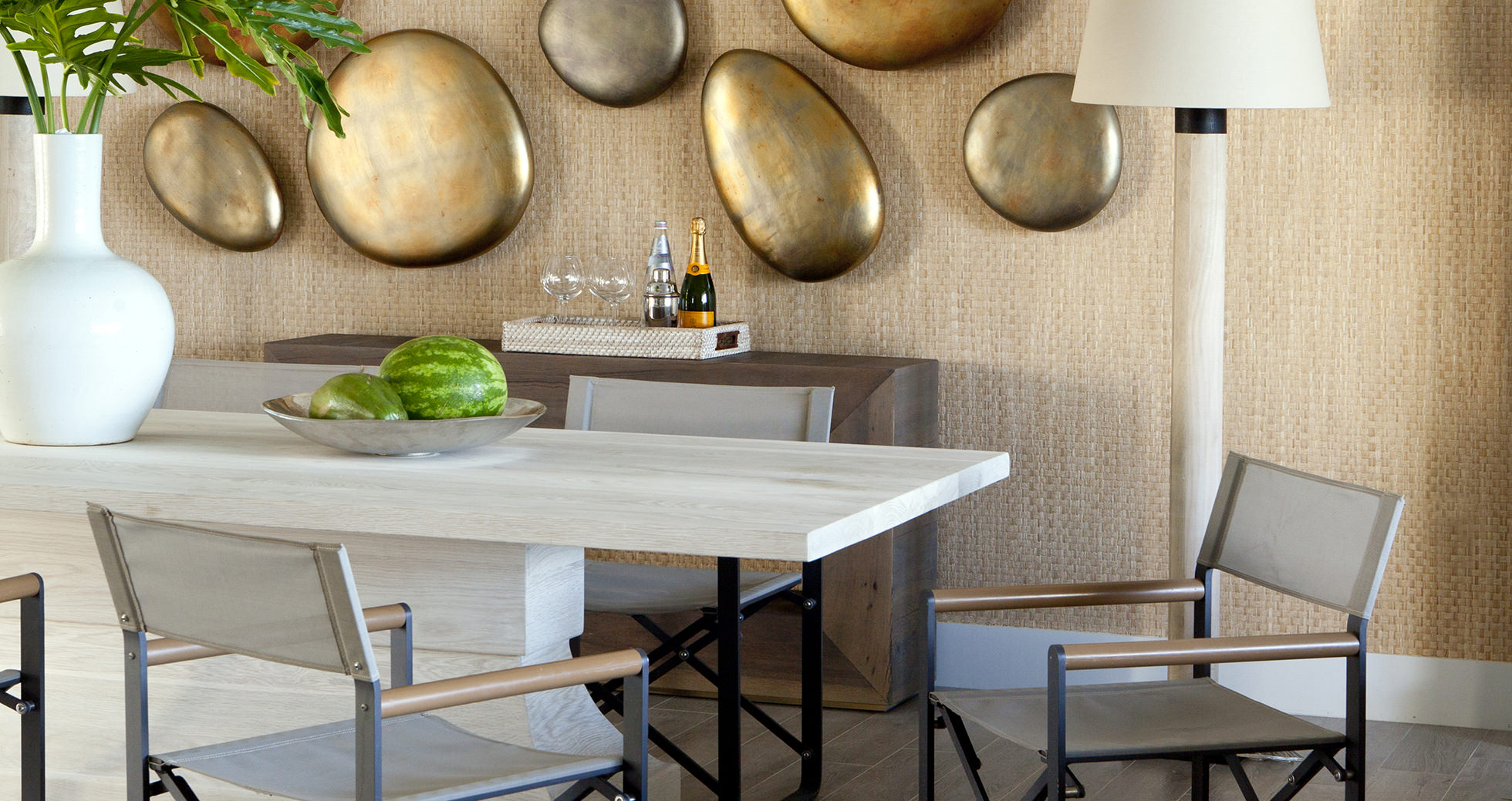 dining-room-feature-wall