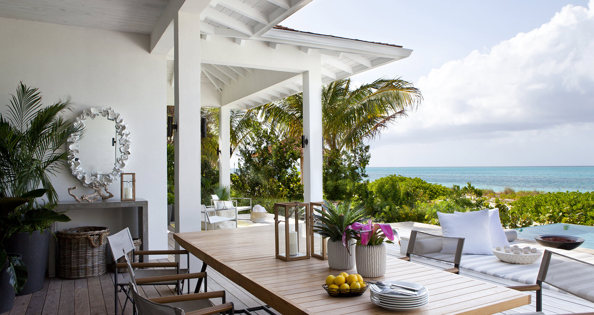 outdoor-dining-overview