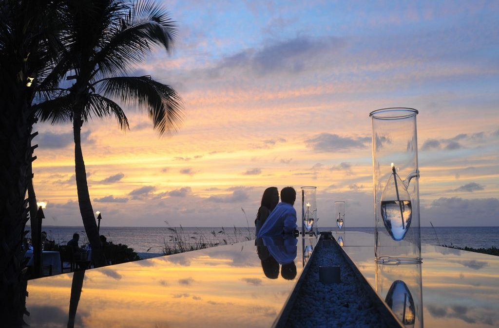 Sample Itinerary:  Couple's Anniversary Vacaction