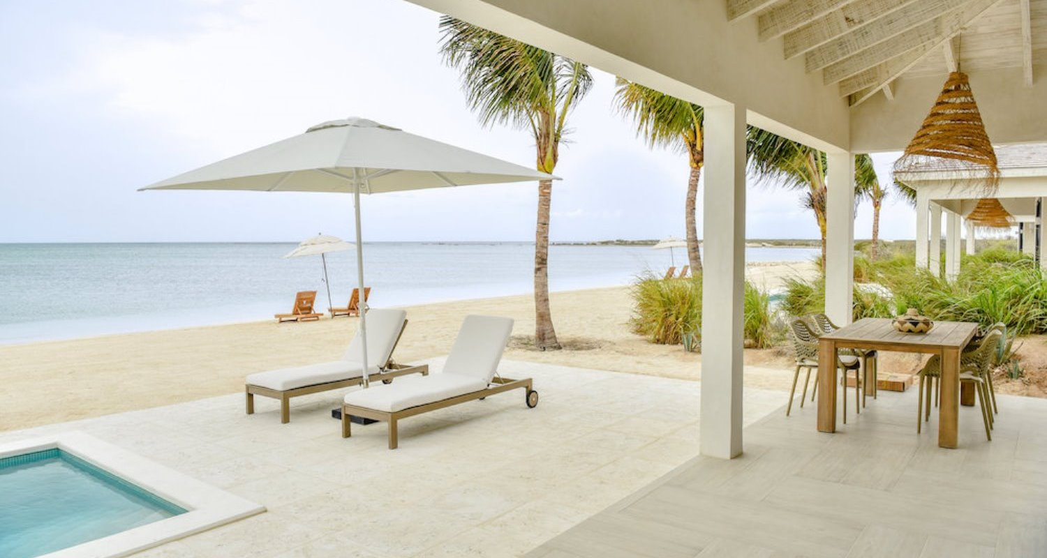 Turks-and-Caicos-own-pool-resort